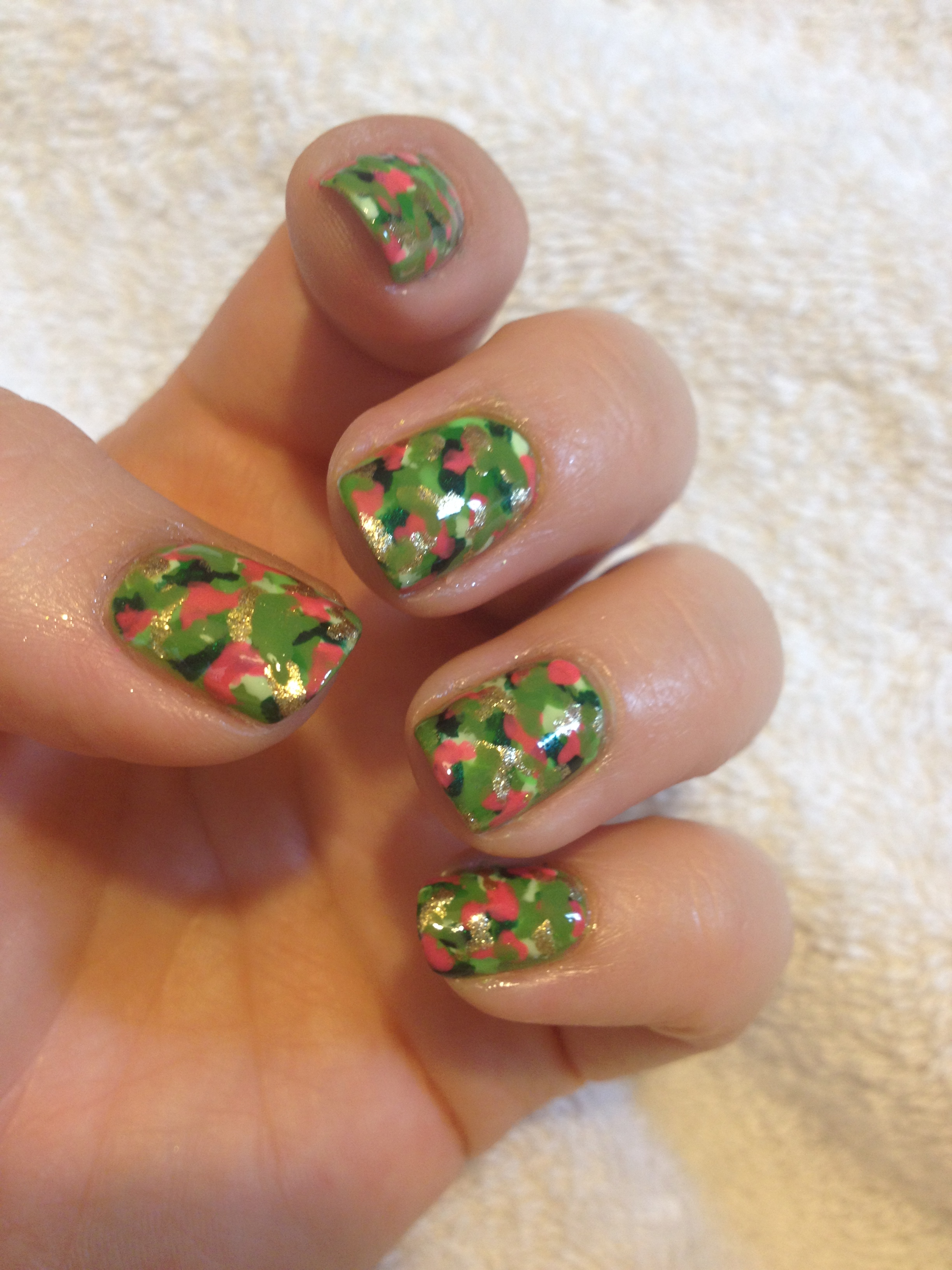 Day 4: Green Nails (31dc2014) – Polish Me Snazzy